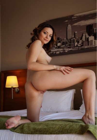 Сексуальная блондинка, познакомлюсь с мужчиной из Москвы для интим встреч!