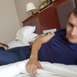 Парень из Москвы. Хочу просто секса с нормальной девушкой